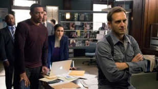 The Mysteries of Laura 02x16 : The Mystery of the End of Watch- Seriesaddict